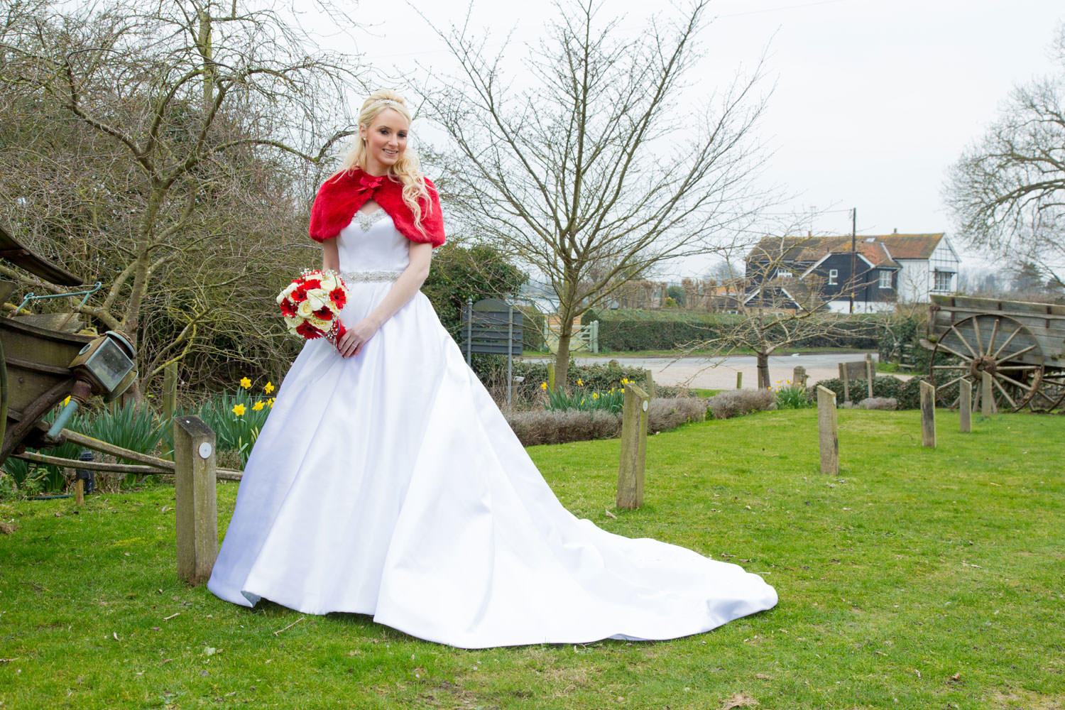 Summertime bride with flowing wedding dress